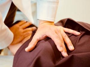 肩の整体とカイロプラクティック治療